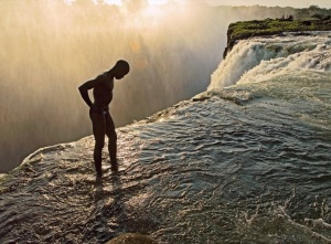 Devils_Pool_Victoria_Falls_Zambia_and_Zimbabwe