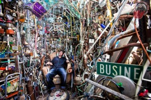 couchsurfing-ori-at-cathedral-of-junk-inaustin-texas